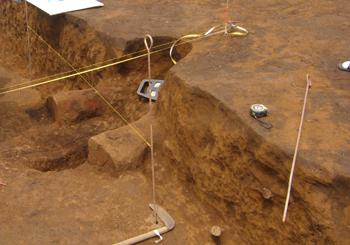 16竪穴住居とカマド2 70.jpg
