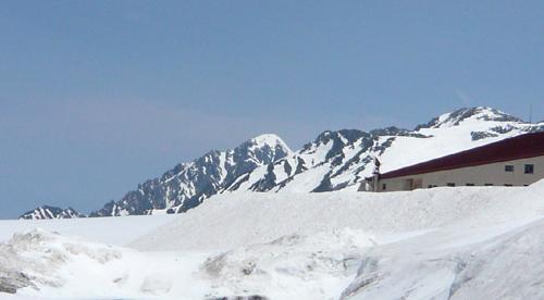 21立山連峰剱岳 12.7x7 100.jpg
