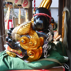 23胡録神社獅子頭♂後姿 70.jpg