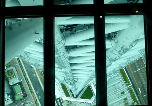 第一展望台ガラス窓*100.jpg
