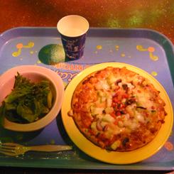 14セバスチャンのカリプソキッチン ピザ+サラダ*70P1030945.jpg